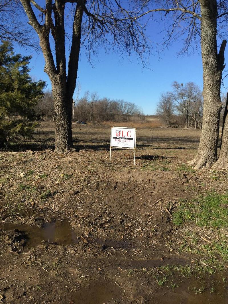 For Sale in Fannin County, Honey Grove, Texas