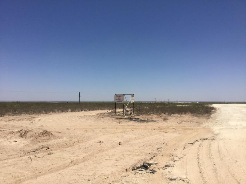10 Acres in Reeves County, Texas in Orla, Reeves County, Texas